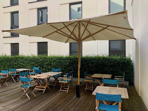 Sonnenschirm für Hotel Terrasse