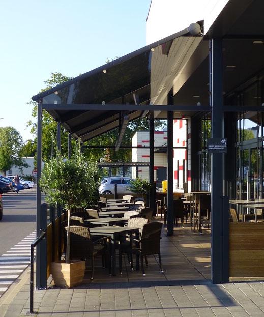 Markise für gastronomie terrasse