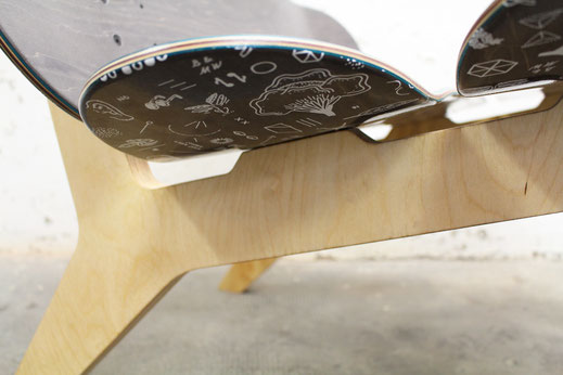 skateboard chair a loungchair called layback. Durchdachte Details. Feine Linie und ergonomischer Komfort.