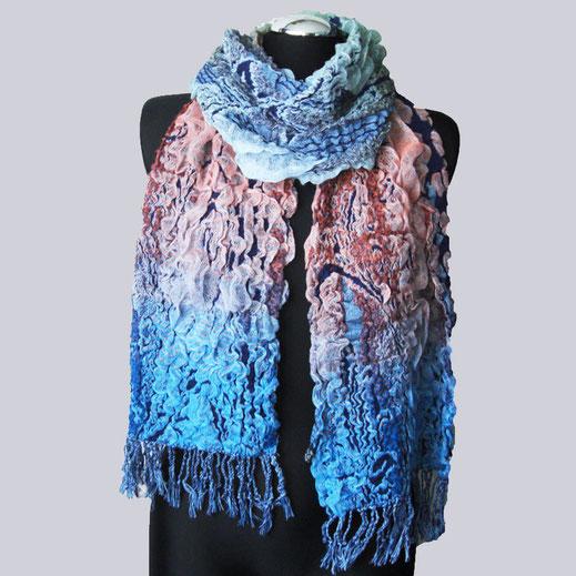 Wunderschöner, sehr weicher, kuscheliger Schal in einem tollen Farben-Mix