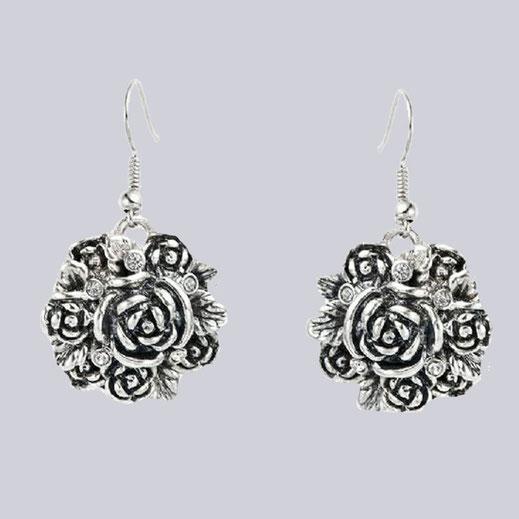 Wunderschöne Rosen Ohrringe mit Modeschmuck-Steinchen.