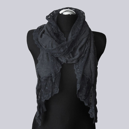 Wunderschöner Viscose Schal in schwarz  mit toller Spitze