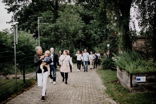 wassermühle, ovelgönne, buxtehude, brautpaar, gäste, parkplatz, trauung, standesamt