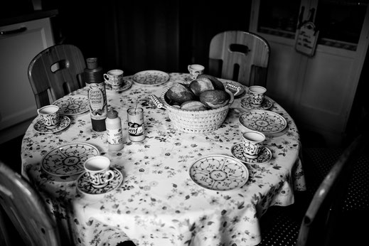 Freie Trauung, Hochzeit in Kiel, Sturm, Wind, Wetter, Regen, Wedding, Realwedding, Sommer, Atlantik Hotel, getting ready bei Mama, Home, Frühstück, Vanessa Teichmann, BreathtakingShootings, stade, bremen, hamburg, jork, zeven