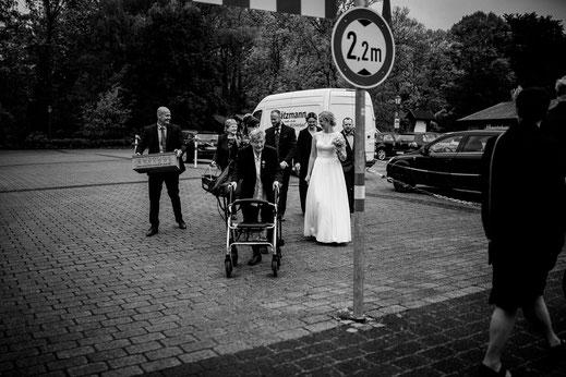 teichmann, samuelsen, hochzeit, wedding, braut, paar, brautpaar, sittensen, mühle, idee, posen, standesamt, zeven, bremen, altes land, glück, liebe, real, echt, fotografin