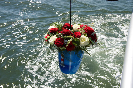 Seebestattungen, Beisetzung zur See, Feuerbestattung
