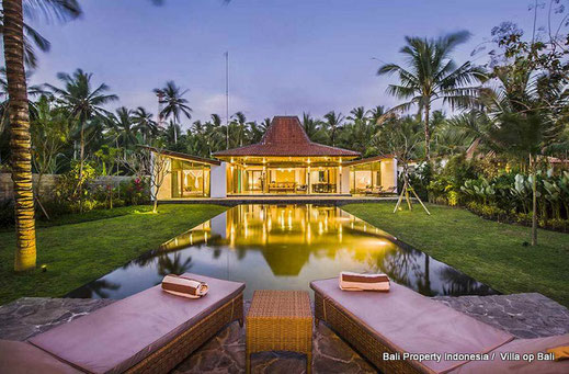 Melaya beachfront villas for sale