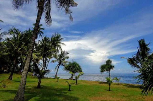 Seraya land including bungalows for sale