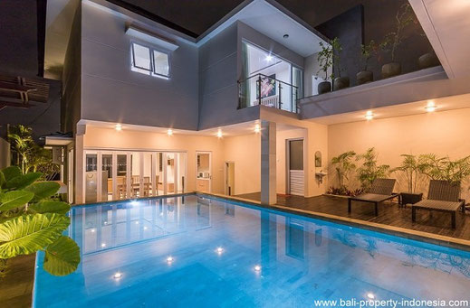 3 bedroom freehold villa for sale in Jimbaran hills.