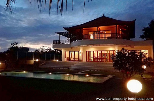 Large Tabanan villa for sale with rice fields views