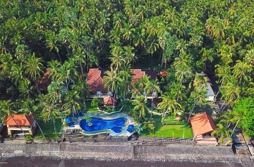 Private Beachfront Villa Estate for sale North Bali by owner.