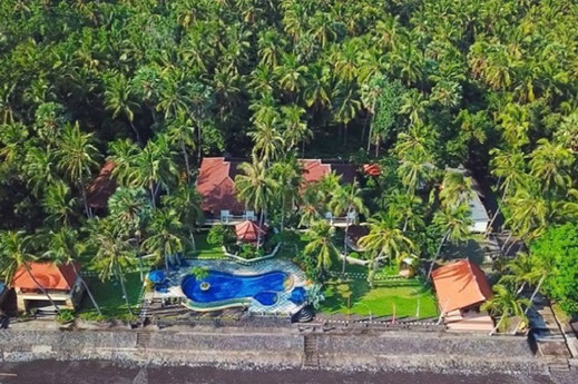 Private Beachfront Villa Estate for sale North Bali by owner.