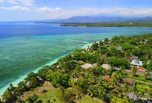Beachfront resort property for sale in Lombok by owners direct.