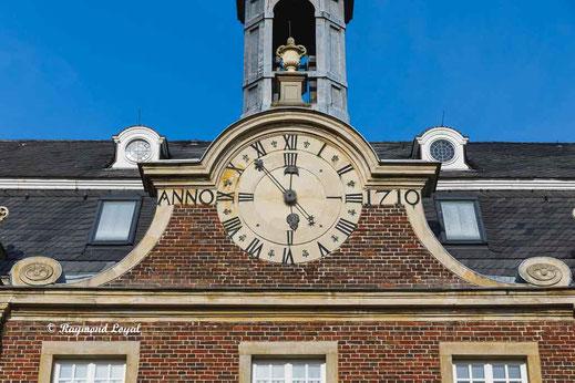 nordkirchen palace chapel wing clock