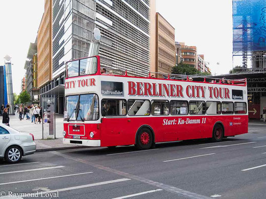 city tour bus potsdamer platz