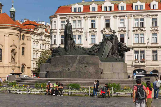 prague old town square monument