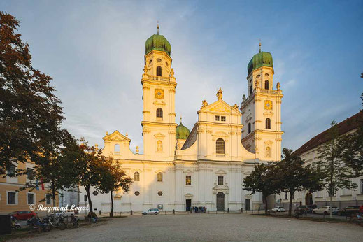 passau cathedral image