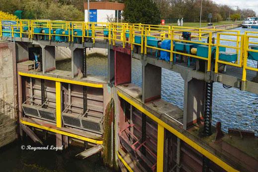 rhein herne canal oberhausen locks