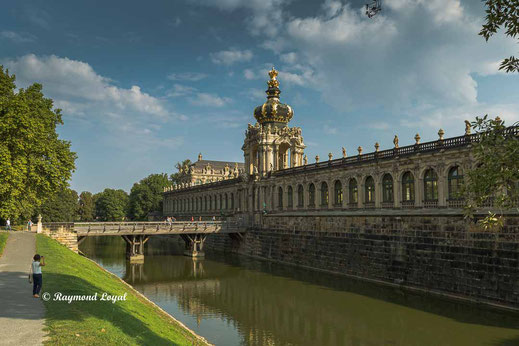 dresden zwinger crown gate
