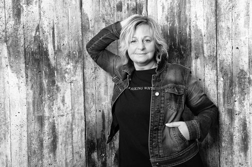 Marina Inselmann - Friseurin und Rezeptionistin