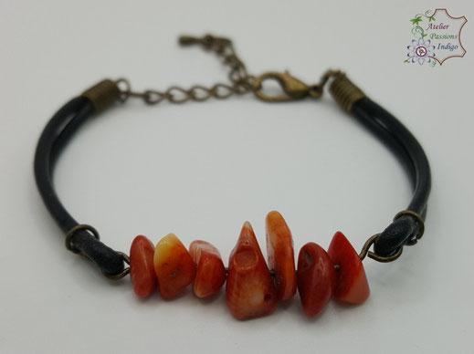 Création artisanale atelier passions indigo bracelet PIERROT Corail cuir bijou colorée