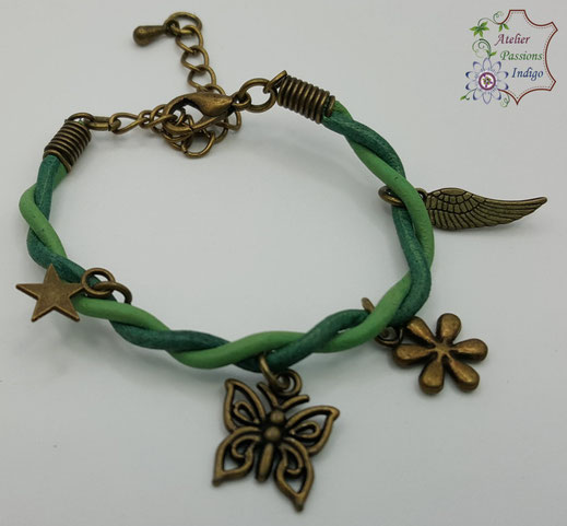 Création artisanale atelier passions indigo bracelet Baladin Enfant fleur feuille papillon étoile cuir bijou colorée