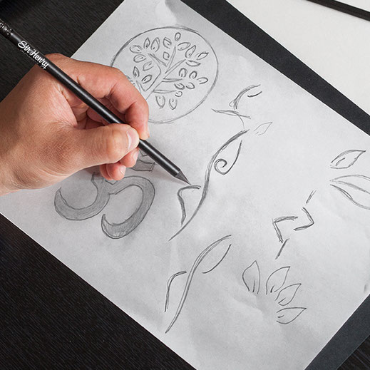Logo Entwicklung Skizze