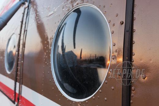 YL-HLG ehemalige YL-HME Mi-8T Bullauge faszinierende Details