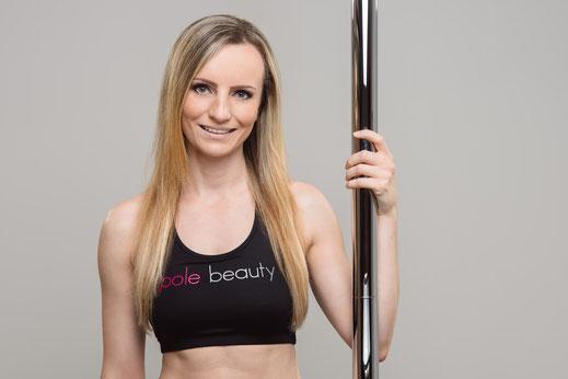 Lisa Güther - Pole Dance Beauties - (c) Prospettiva X