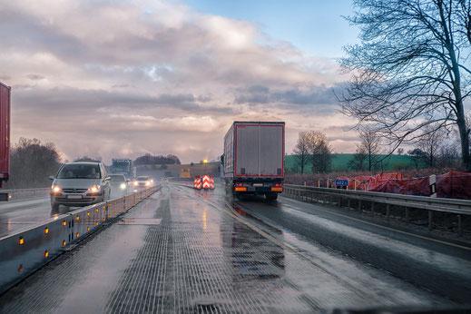 Transportlösungen aus Baden-Württemberg Am Sitz bedeutender Hightech-Unternehmen im Bereich Automotive und IT nimmt AVAXX Ihre Transportaufgabe in Empfang.