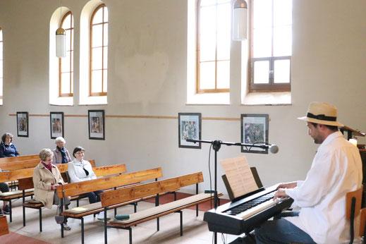 Klassik und Gesang in der Musikalischen Andacht in der Premnitzer Kirche