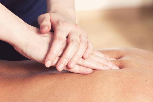 Rückenmassage und Nackenmassage bei MAYA LANG, Gesundheitspraxis Lenzburg