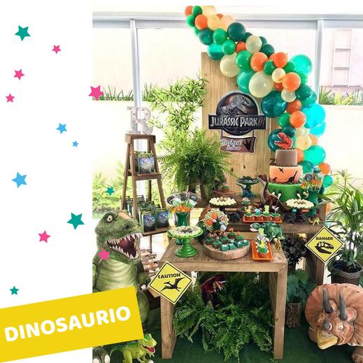 mesa de dulces de dinosaurio