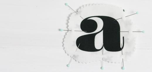 Nähen für Anfänger: ein Schlüsselanhänger mit deinem Lieblingsbuchstaben. Ganz schnell und einfach! www.die-kleine-designerei.com