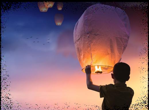 Kind lässt Luftballoon fliegen und wünscht sich was