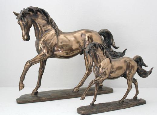 Pferd bronze, Polyresin