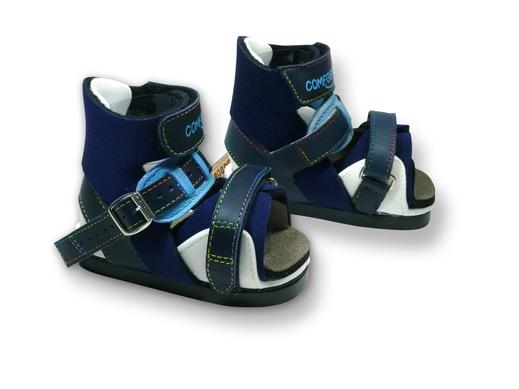 COMFOOT-Blue Bandagenschuh zur Schienennachversorgung einer Klumpfußbehandlung nach Ponseti