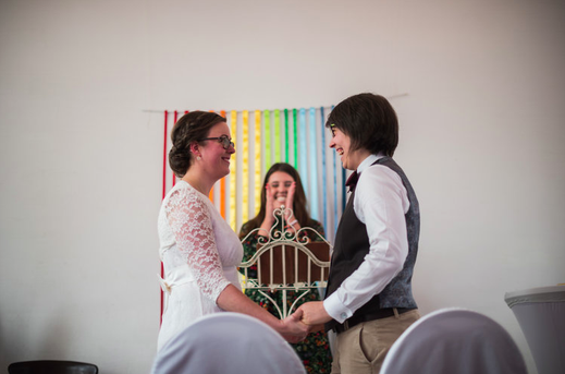 Die freie Trauung im unter freiem Himmel, finde Informationen und Tipps für die Freie Trauung im Freien, NRW, heiraten in Brühl, Hochzeitsreportage, gefunden auf philosophylove.de aus Düsseldorf
