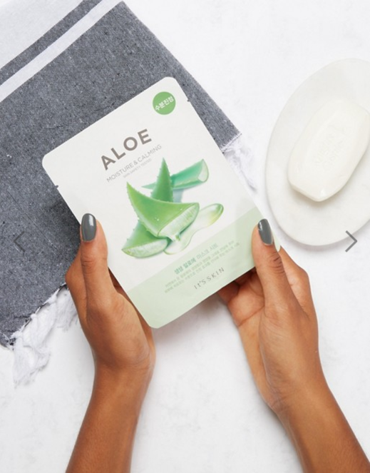 Moisture and Calming Aloe Mask