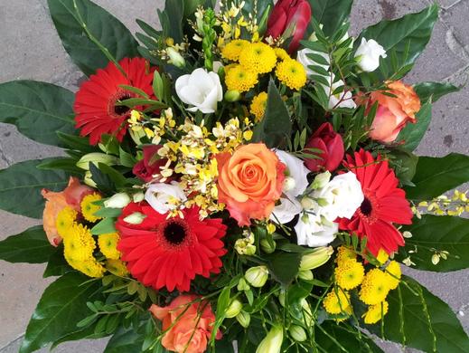 Blumenstrauss bunt, Rosen, Gerbera