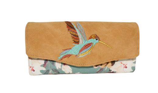 grand portefeuille compagnon femme tissu toile turquoise clair grandes fleurs pivoines faux cuir beige broderie colibri oiseau  2 compartiments