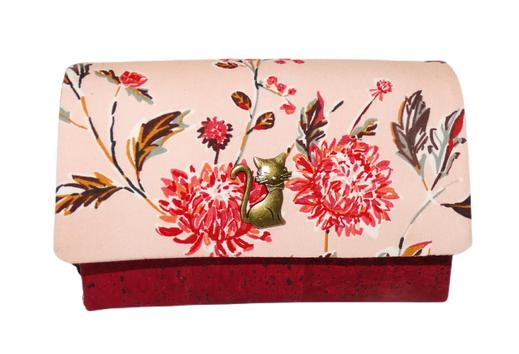 portefeuille compact femme original liège bordeaux  tissu orange saumon  fleurs dahlias bohème bouton chat