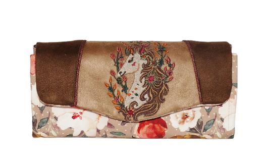 Grand portefeuille brodé femme suédine beige  broderie renard feuilles tissu anthracite  petites  fleurs multicolores couleurs automnales automne