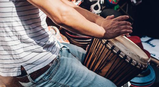 Percussion und Trommel Erlebnisse als Workshop für den Teenager Geburtstag