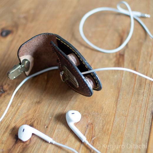 ear pods case 大鼬鼠拳銃郎