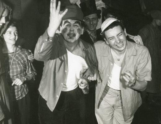 Pan Walther beim Karneval mit Kameramann Victor Schamoni - Foto: Elin Walther