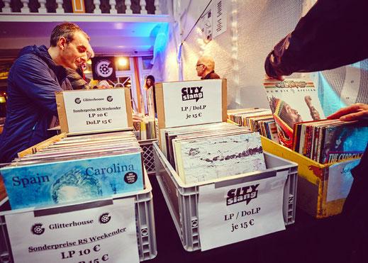 """Wie hier beim """"Rolling Stone Weekender"""" an der Ostsee, soll es auch im Europapark Rust eine zweitägige CD- und Plattenboerse für die Besucher des Festivals  geben. Foto: Julia Schwendner"""