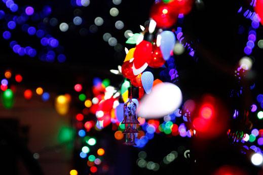 Weihnachten in den USA, Dekoration, bunte Lichter