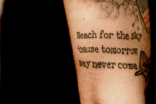 Social Distortion Tattoo, Reach for the sky
