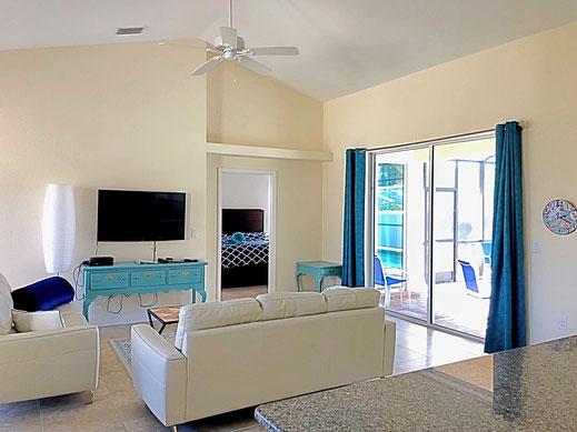 Wohnbereich - extra hohe Deckenhöhe
